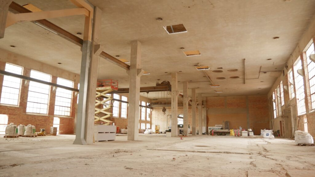 Padel Tennsi hal under renovering juli 2021 - 1